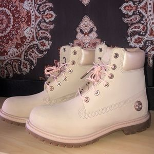 BRAND NEW - Pastel Pink Timberland Ankle Boots